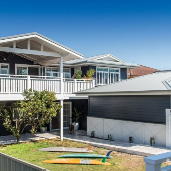 Street Style - Scarborough® Weatherboards